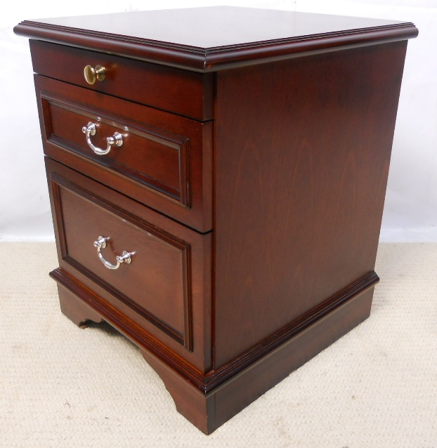 Stag Mahogany Bedside Chest Of Drawers Sold